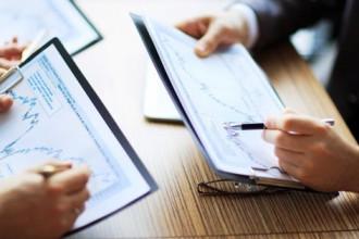 Сбербанк считает «тупиковой ветвью эволюции» доставку банковских карт, которую запустил накануне