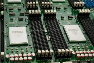 Schneider Electric расширил линейку ИБП с литий-ионной технологией