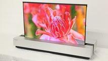 Sharp создала 4К-телевизор, который можно свернуть в трубку