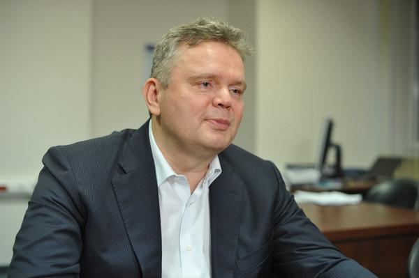 emelchenkov600.jpg