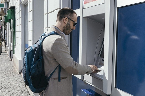 bankomat600.jpg