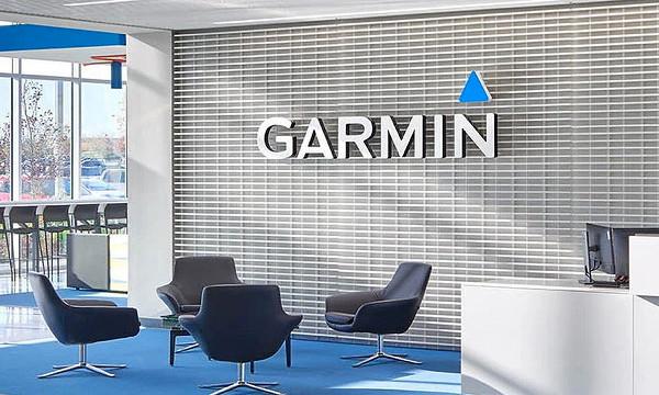 garmin1600.jpg
