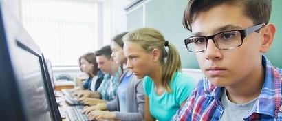 Власти собираются запретить в российских школах Windows и Office