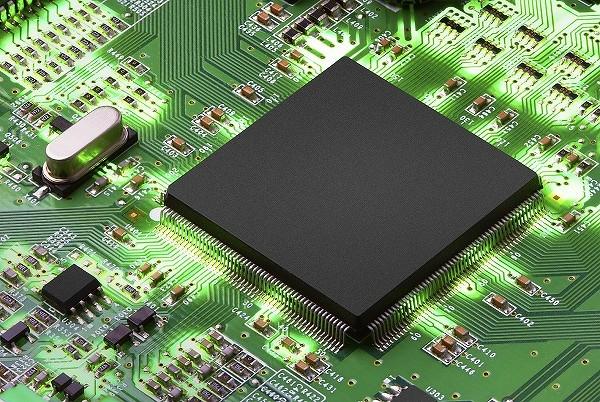 mikro600.jpg