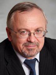 Михаил Емельянников