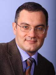 Юрий Овчаренко
