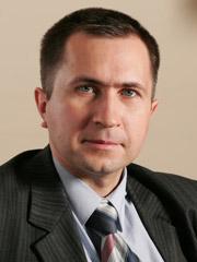 Денис Комаров