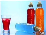 Энергетические напитки также калорийны, как и газированная вода.