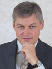 Дмитрий Локтаев