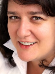 Александра Эрлих