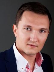 Илья Гужов