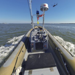 Рой боевых роботов осваивает океан