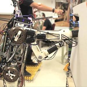 Экзоскелет HERMES — прототип аватара для смертельно опасных ситуаций