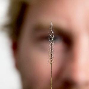 Мозговой электрод  снимает барьер между человеком и машиной