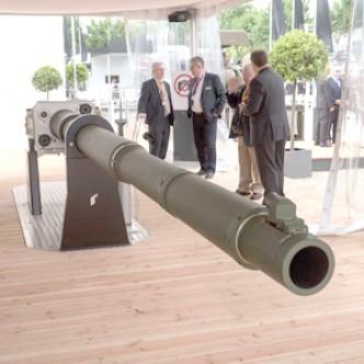 Германия представила новую высокоэффективную танковую 130-мм пушку
