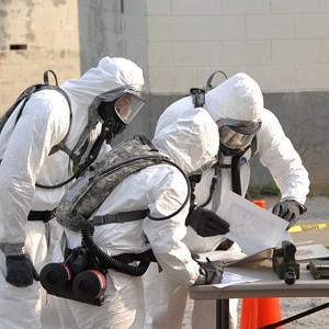 Защитную одежду научили саморемонтироваться и атаковать токсичные вещества