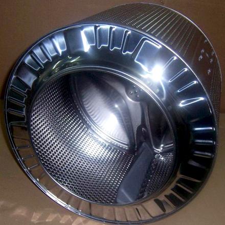 Стоит обратить внимание на наличие у стиральной машины автоматического контроля дисбаланса барабана.