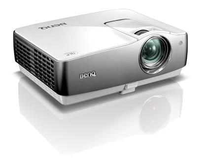 BenQ анонсировала два Full HD-проектора для домашних пользователей