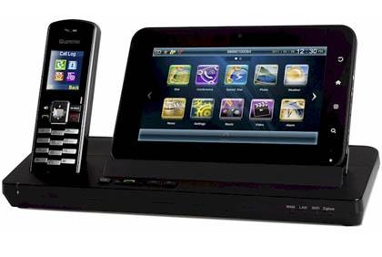 Leadtek выпустила видеопланшет AMOR8218 для беспроводных звонков и работы с мультимедиа