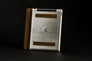 &lquot;Тюнингованный&rquot; iPad (алюминий)