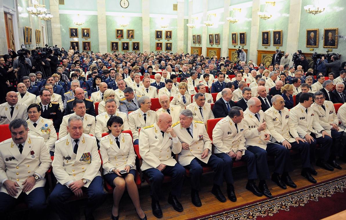 http://filearchive.cnews.ru/img/zoom/2016/01/22/genprokuratura_1200.jpg