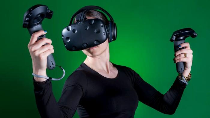 HTC может реализовать производителя очков виртуальной реальности Vive
