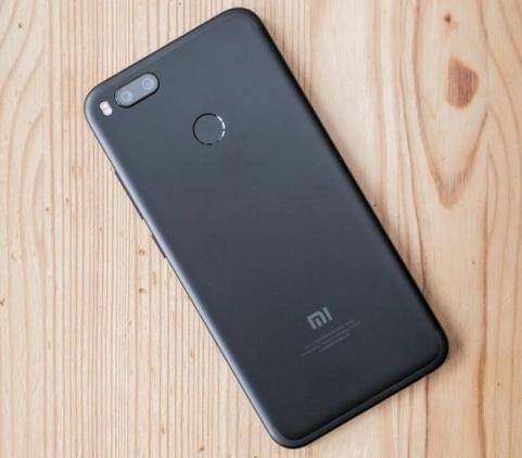Смартфон оснащен энергоэффективным процессором Snapdragon 625 2d016254d0458