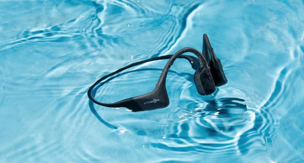 Лучшие спортивные наушники с защитой от воды: хиты продаж