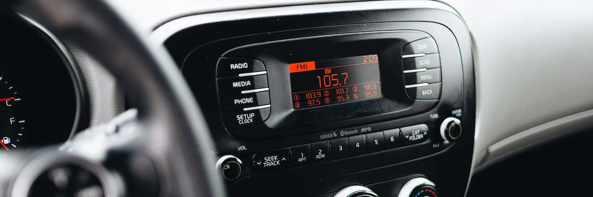 Как установить акустику в машине для лучшего звука: советы ZOOM