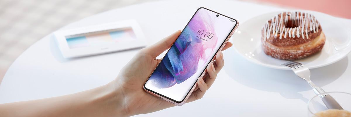Лучшие смартфоны с экранами 90-120 Гц: выбор ZOOM