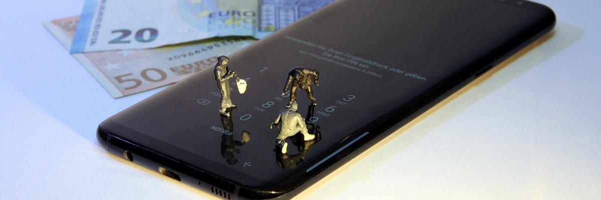 Советы ZOOM: как не дать украсть деньги с вашего смартфона