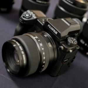 Новая жизнь среднего формата: первый взгляд на аппараты Fujifilm GFX 50S и Hasselblad X1D-50c