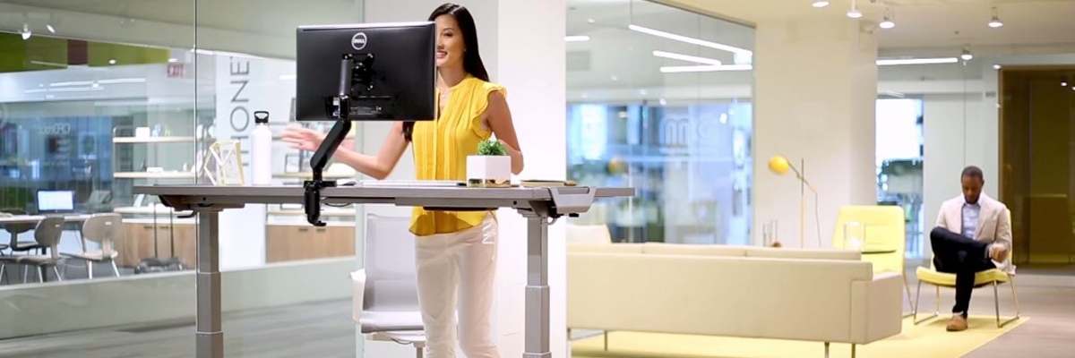 Обзор столов с регулировкой высоты Levado: решение для работы сидя и стоя