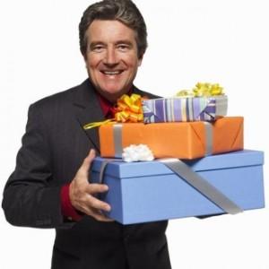 Что подарить мужчине на 23 февраля: ZOOM рекомендует