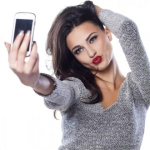 Хиты продаж: самые популярные смартфоны начала 2015 года