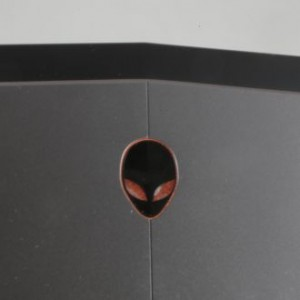 ����� �������� �������� Dell Alienware 13: ������� ������