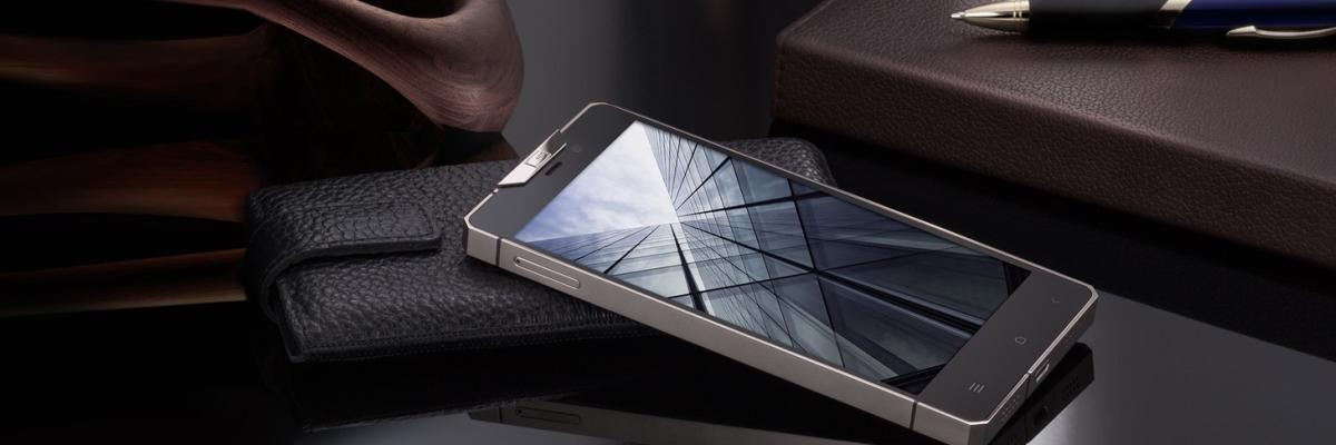 Самые дорогие телефоны: от BlackBerry до Vertu